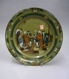 """Buffalo Pottery Deldare Ware """"An Evening at Ye Lion Inn"""" Charger"""