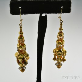 Chinese 14kt Gold Tiered Earpendants