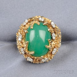 18kt Gold, Green Chalcedony, and Diamond Ring