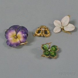 Small Group of Art Nouveau Jewelry