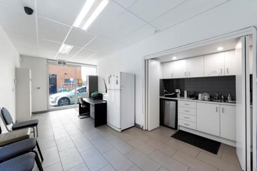 33 Grosvenor Street, ABBOTSFORD VIC, 3067