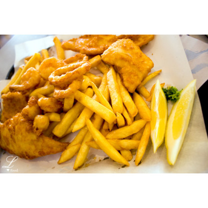 Fish & Chips - Busy Shopping Centre - 33579