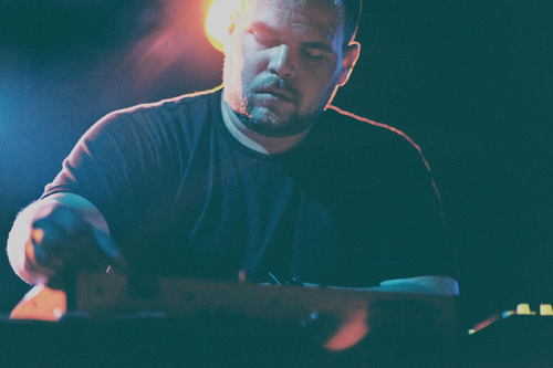 A-1700224-com_truise__at_belly_up