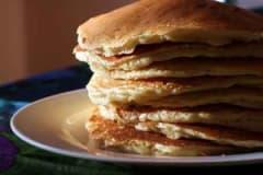 Healthy Cinnamon Vanilla Pancakes