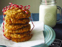Anzac Crispies with Macadamia Nuts