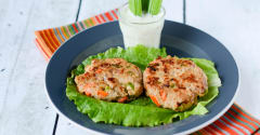 Buffalo Chicken Sliders with Celery Salad - Lunch Version
