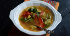Better Than the Freezer Aisle: Copycat Smart Ones Fire Roasted Vegetable Soup - Lunch Version