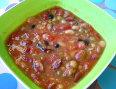 Slow Cooker 15 Bean Soup - Lunch