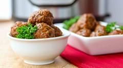Instant Pot Paleo Apple Glazed Turkey Meatballs - Lunch
