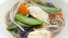 Better Than the Freezer Aisle: Slow Cooker Mock Annie Chun's Asian Chicken and Noodle Bowls - Dump and Go Dinner