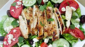 Marinated Mediterranean Chicken Greek Salad – Lunch Version
