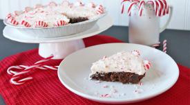Candy Cane Brownie Pie