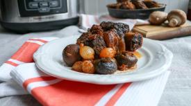 Instant Pot Cherry Balsamic Beef Short Ribs
