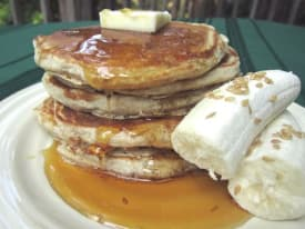 Banana Flax Pancakes