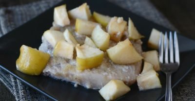 Slow Cooker Apple Bourbon Pork Chops