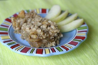 Secret Recipe Club: Yumilicious Oatmeal Apple Pie Bars