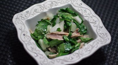 Paleo Garlic Ginger Chicken with Bok Choy