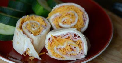 Ham and Cheese Picnic Pinwheels