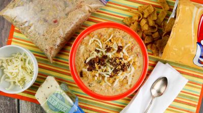 Slow Cooker Jalapeno Popper Chicken Chili – Lunch Version