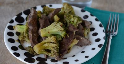 Instant Pot Spicy Beef and Broccoli
