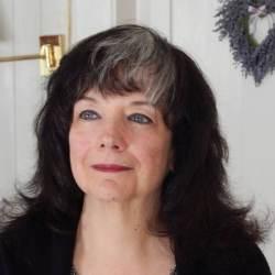 Medium Bonnie Lee Gibson