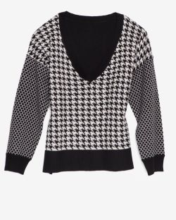 mason by michelle mason - Houndstooth V Neck Sweater