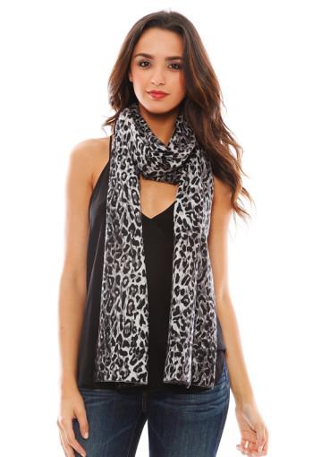 Minnie Rose - Cashmere Leopard Print Scarf