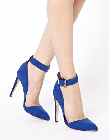 Asos - PHOTOSHOOT Pointed High Heels