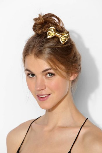 Urban Outfitters - Metallic Bow Hair Clip