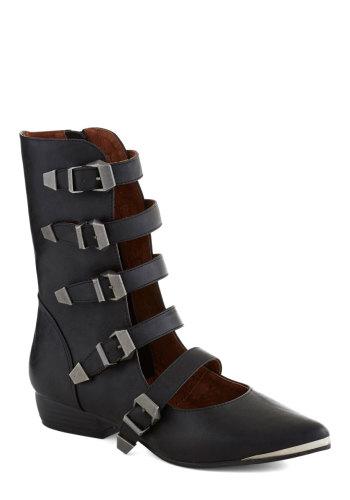 ModCloth - Avant Garb Boots