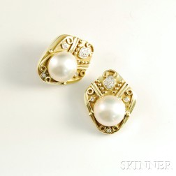 14kt Gold, Diamond, and Mabe Pearl Earclips