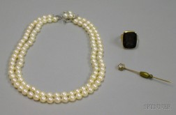 Group of Jewelry Items