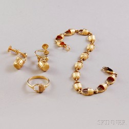 14kt Gold Basket Jewelry Suite
