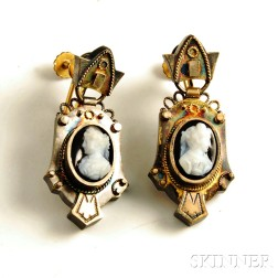Antique 12kt Gold and Hardstone Cameo Earpendants