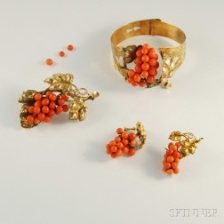 Antique 14kt Gold and Coral Bead Suite