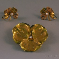 Small Group of Gold Floral Jewelry
