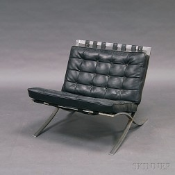 Chromed Steel and Leather Barcelona-style Chair