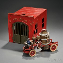 Kingsbury Tin Fire Station Toy and Pumper