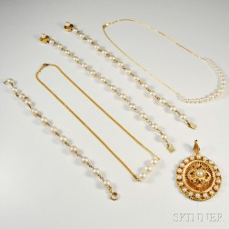 Group of 14kt Gold and Pearl Jewelry