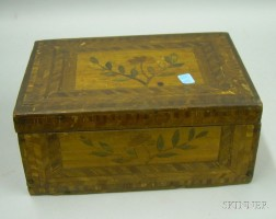 Small Folk Straw-work Floral and Parquetry Decorated Wooden Lidded Box