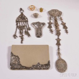 Group of Art Nouveau Jewelry and Accessories
