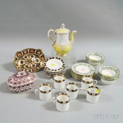 Group of Small Porcelain Pieces