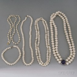 Four Cultured Pearl Jewelry Items