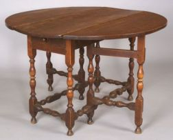 William & Mary Maple, Sycamore, and Pine Gate-leg Table