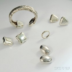 Small Group of Tiffany & Co. and Angela Cummings Sterling Silver Jewelry
