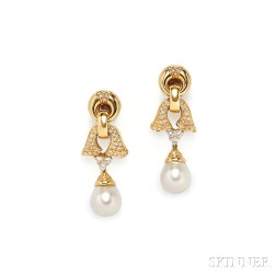 18kt Gold, South Sea Pearl, and Diamond Earpendants