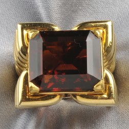 18kt Gold and Madeira Citrine Ring