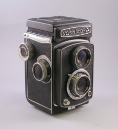 Yashica-A TLR Camera No. A 4061234