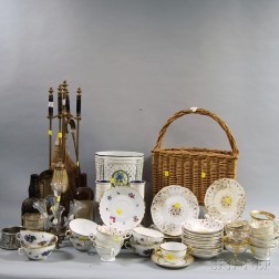 Large Group of Assorted Decorative Items