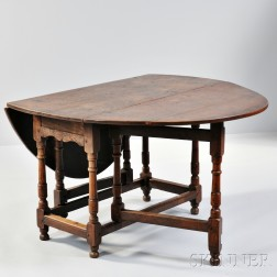 William and Mary-style Oak Gate-leg Table